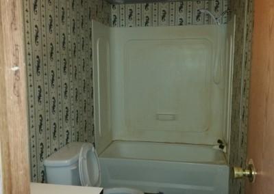 hallway bath (1024x576)
